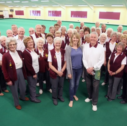 Worthing Indoor Bowls Club support a teenager battling cancer.